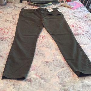 Gap 1969 Always Skinny Drab olive jeans sz 27/4